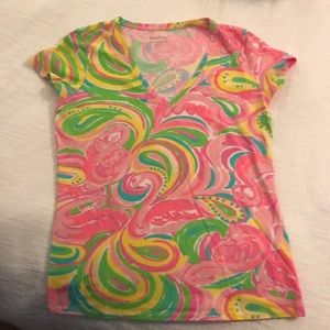 Lilly Pulitzer V Neck T-shirt